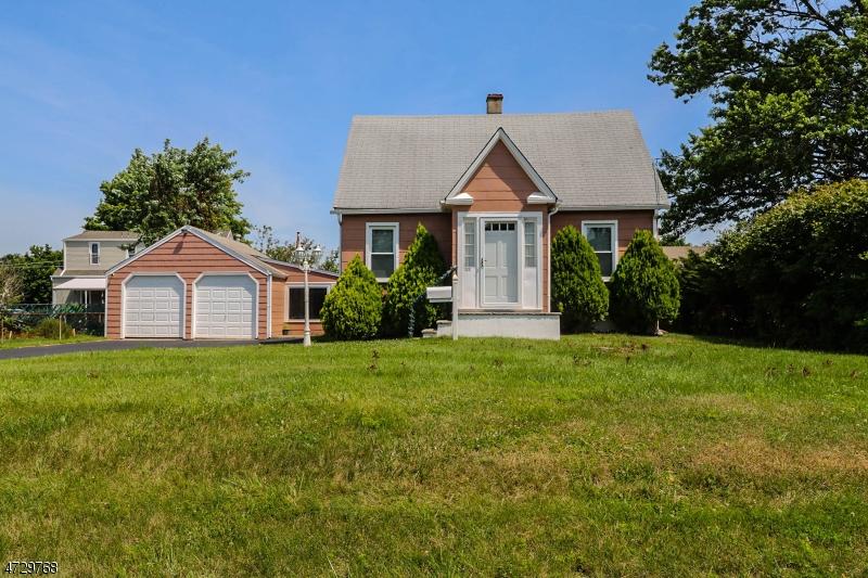 Casa Unifamiliar por un Venta en 1310 Bleecher Street Manville, Nueva Jersey 08835 Estados Unidos