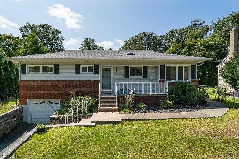 Частный односемейный дом для того Аренда на 20 Mountain Avenue Rockaway, Нью-Джерси 07866 Соединенные Штаты