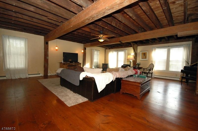 獨棟家庭住宅 為 出售 在 168 Main Street Glen Gardner, 新澤西州 08826 美國