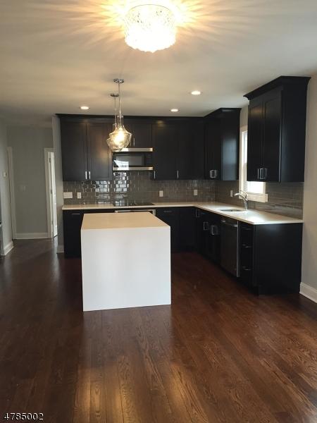 Частный односемейный дом для того Аренда на 87 Benjamin Street Cranford, Нью-Джерси 07016 Соединенные Штаты