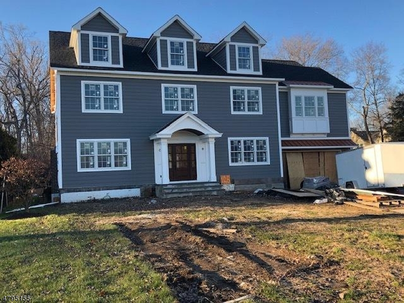 Single Family Home for Sale at 125 Braidburn Road Florham Park, New Jersey 07932 United States