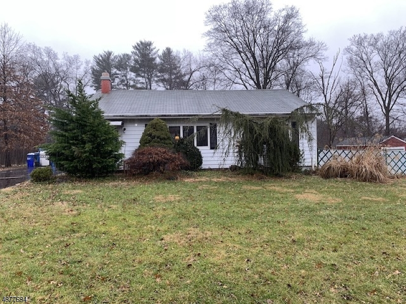 Single Family Home for Sale at 526 Vanderveer Road Bridgewater, New Jersey 08807 United States