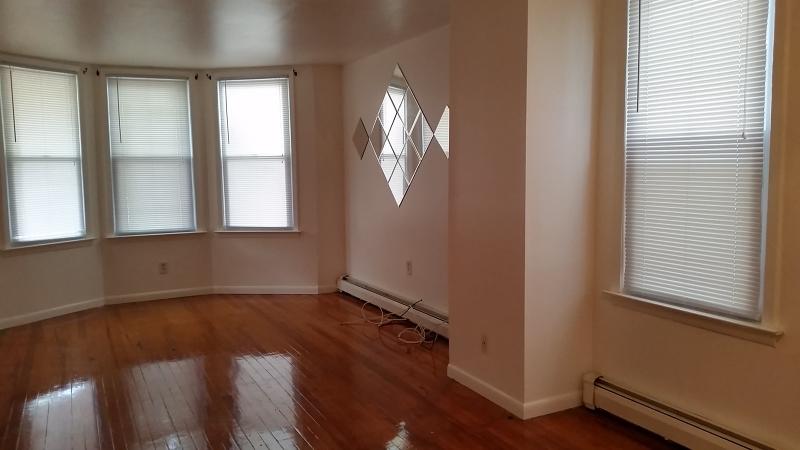 Property للـ Rent في Montclair, New Jersey 07042 United States