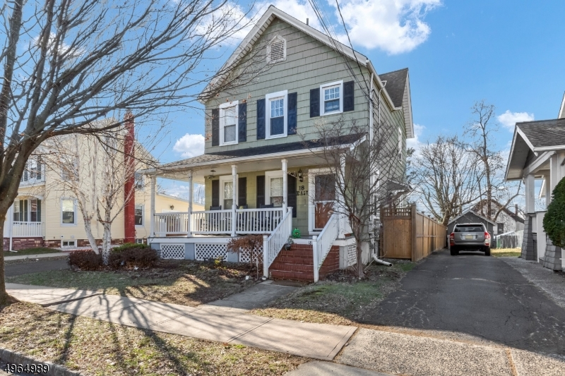 Single Family Homes por un Venta en Bound Brook, Nueva Jersey 08805 Estados Unidos