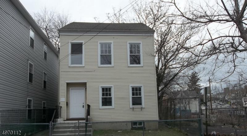 Property のために 賃貸 アット 123 N MAIN Street Paterson, ニュージャージー 07522 アメリカ