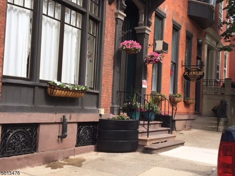 Commercial for Sale at Easton, Pennsylvania 18042 United States