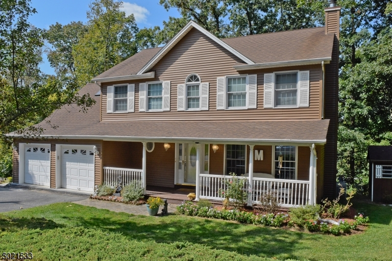Single Family Homes للـ Sale في Stanhope, New Jersey 07874 United States