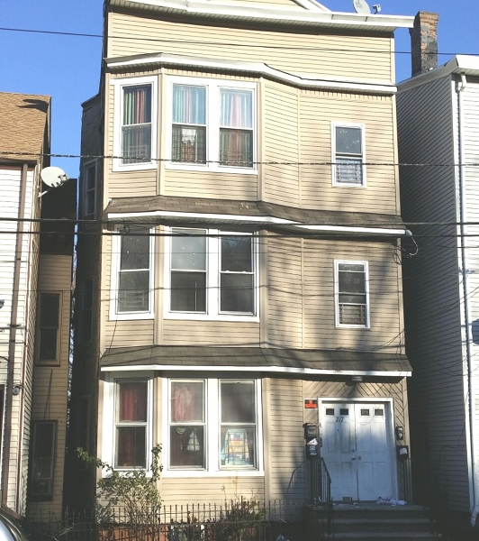 Additional photo for property listing at 217 Mill Street  Paterson, New Jersey 07501 États-Unis