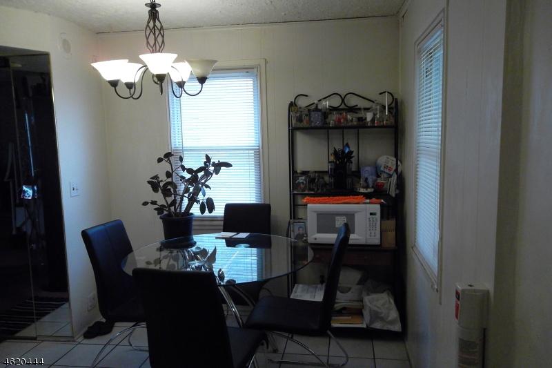Additional photo for property listing at 605B CLARKSON Avenue  Elizabeth, 新泽西州 07202 美国