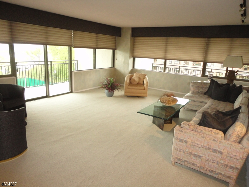 Additional photo for property listing at 1500 Palisade Ave. 3F  李堡, 新泽西州 07024 美国
