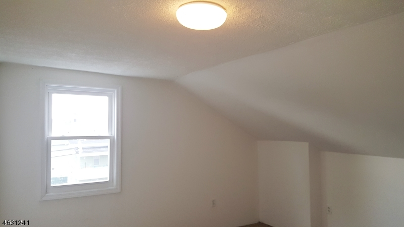 Additional photo for property listing at 10 S Fifth Street  Elizabeth, New Jersey 07206 United States