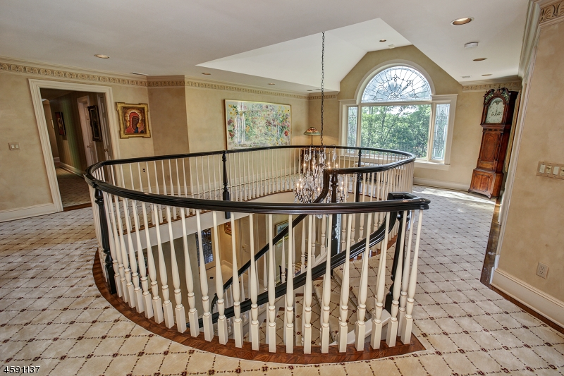 Additional photo for property listing at 165 Cherry Lane  Mendham, New Jersey 07945 United States