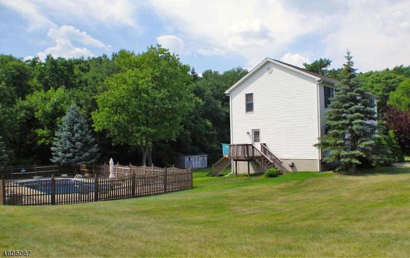 Частный односемейный дом для того Продажа на 50 Woodland Road Franklin, 07416 Соединенные Штаты