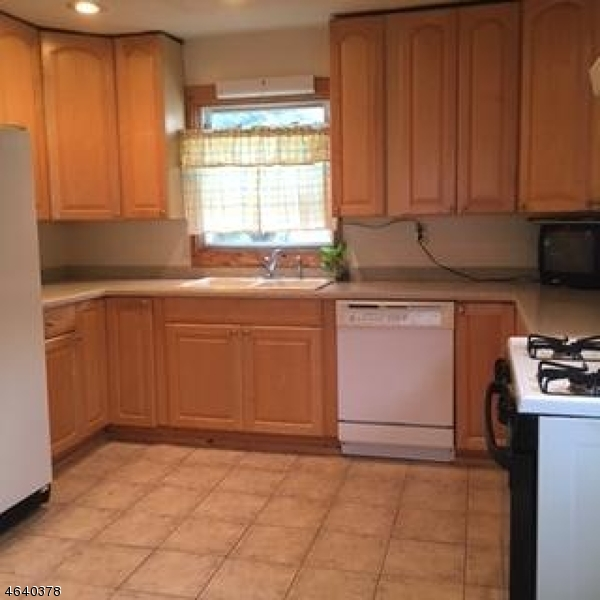 Additional photo for property listing at 607 Union Street  Rahway, New Jersey 07065 United States