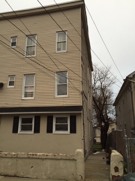 Additional photo for property listing at 160-162 OAK Street  Paterson, Nueva Jersey 07501 Estados Unidos