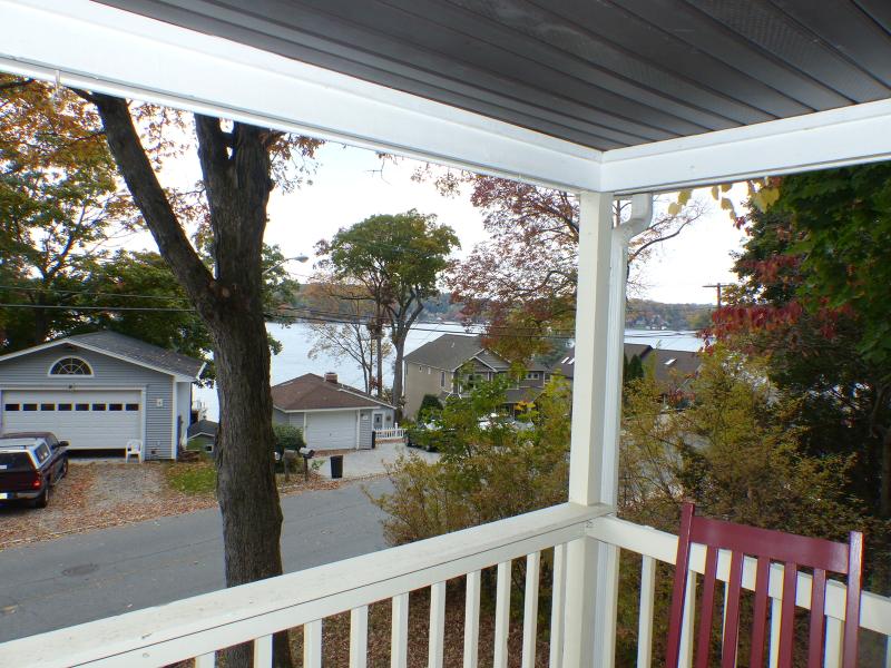 Maison unifamiliale pour l Vente à 6 Bertrand Island Road Mount Arlington, New Jersey 07856 États-Unis