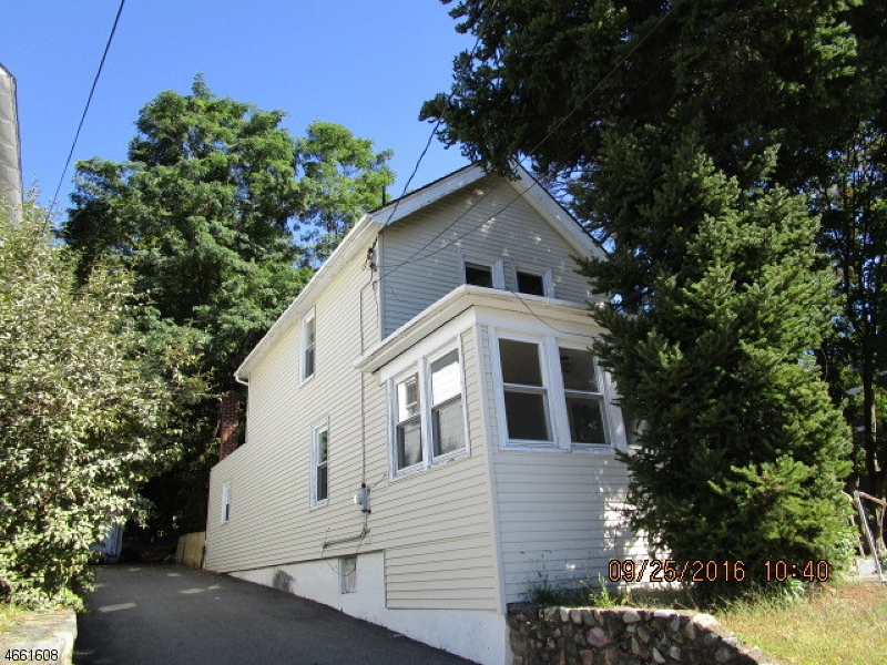 Additional photo for property listing at 8 Plane Street  Butler, New Jersey 07405 United States