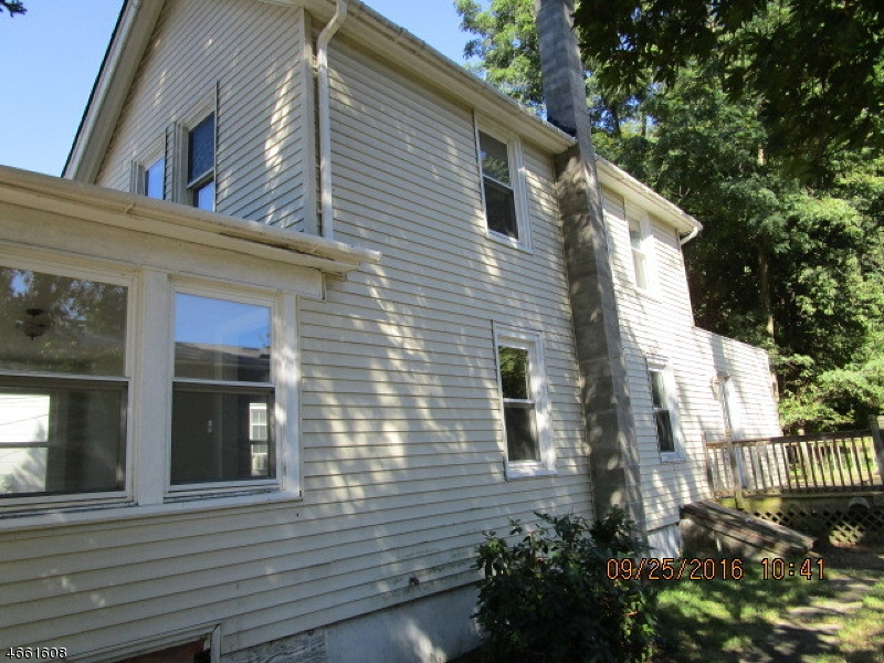 Additional photo for property listing at 8 Plane Street  Butler, Nueva Jersey 07405 Estados Unidos