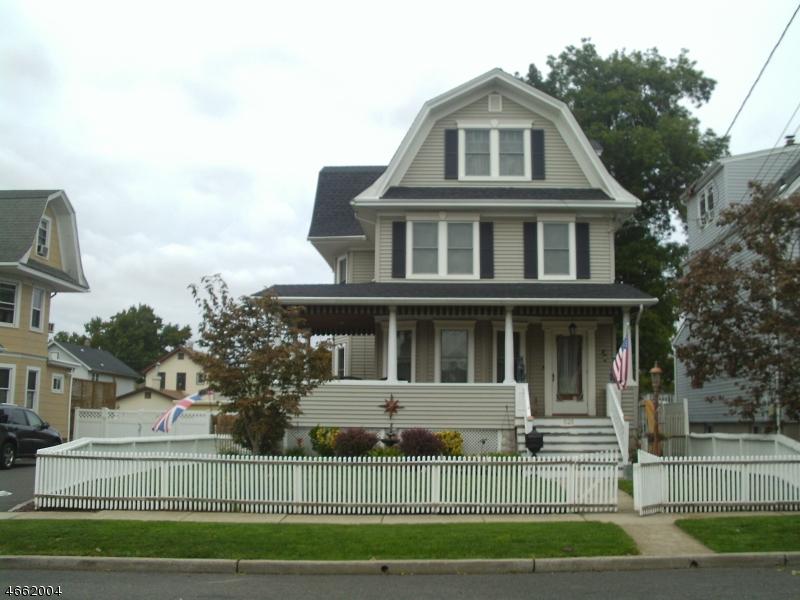 独户住宅 为 销售 在 525 2nd Avenue Lyndhurst, 07071 美国