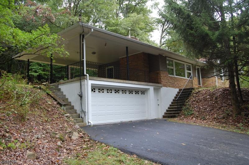 独户住宅 为 销售 在 400 Penwell Road Port Murray, 07865 美国