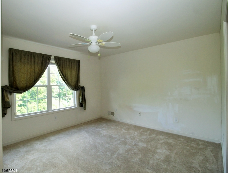 Additional photo for property listing at 45 Indian Spring Road  Budd Lake, 新泽西州 07828 美国