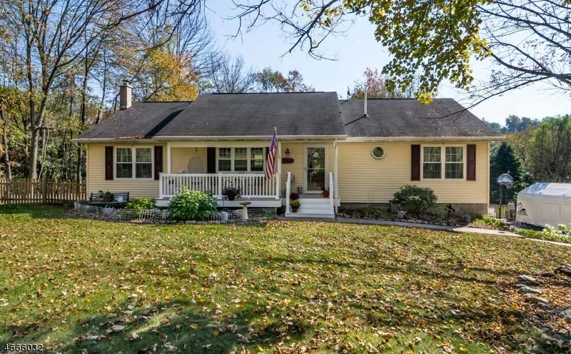Single Family Home for Sale at 4 Countryside Road Columbia, 07832 United States