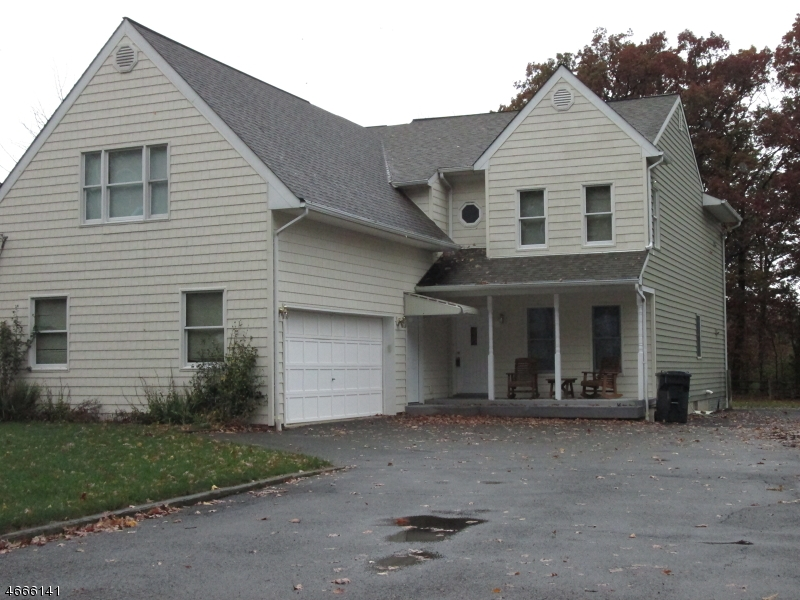 Single Family Home for Rent at 44 Legion Place Whippany, New Jersey 07981 United States