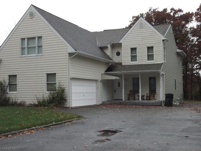 Maison unifamiliale pour l à louer à 44 Legion Place Whippany, New Jersey 07981 États-Unis