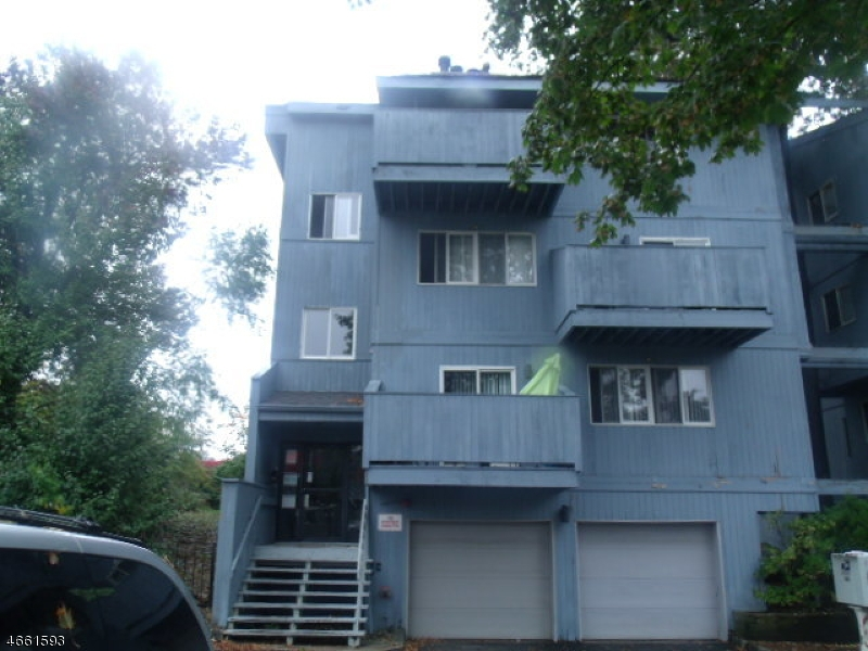 Additional photo for property listing at 142-148 MAIN Avenue  Passaic, Нью-Джерси 07055 Соединенные Штаты