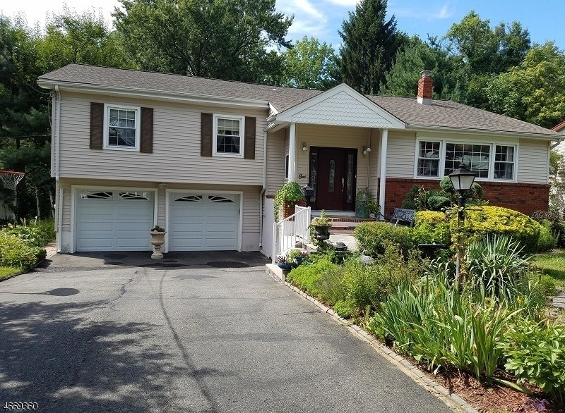 Single Family Home for Sale at 1 Grecian Street Parsippany, 07054 United States