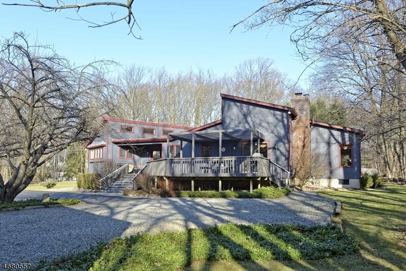 Casa Unifamiliar por un Venta en 449 MINE Road Asbury, Nueva Jersey 08802 Estados Unidos