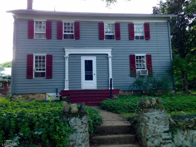 Частный односемейный дом для того Аренда на 45 County Road 635 Hampton, Нью-Джерси 08827 Соединенные Штаты