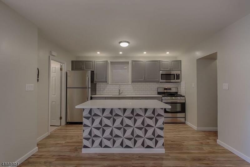 Maison unifamiliale pour l à louer à 96 King Street Nutley, New Jersey 07110 États-Unis