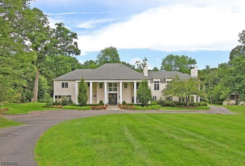 Частный односемейный дом для того Продажа на 260 Mendham Road Bernardsville, 07924 Соединенные Штаты