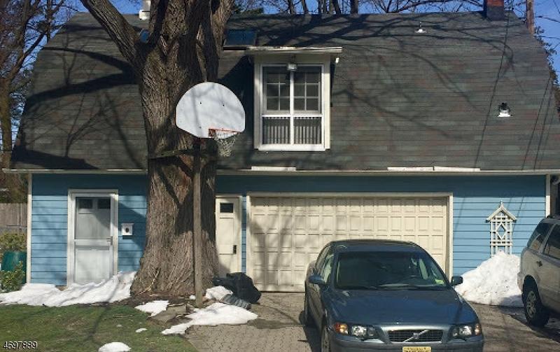 Частный односемейный дом для того Аренда на 9 Rudd Court Glen Ridge, Нью-Джерси 07028 Соединенные Штаты