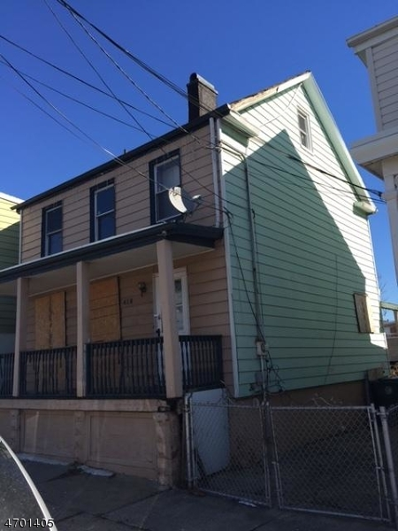 Additional photo for property listing at 418 Mechanic Street  Perth Amboy, New Jersey 08861 United States
