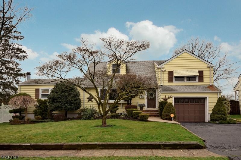 独户住宅 为 销售 在 320 Rudolph Avenue 拉维, 07065 美国