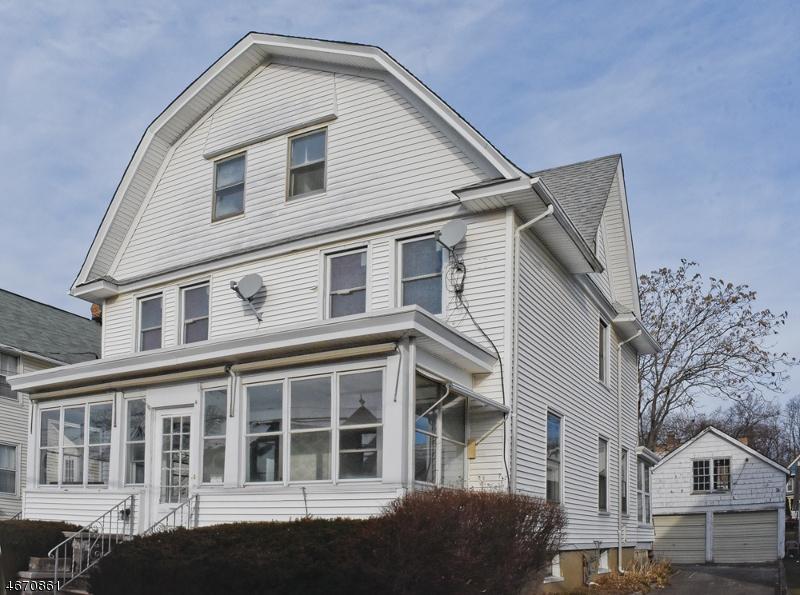 Maison avec plusieurs logements pour l Vente à 31 Sanford St, A B Dover, New Jersey 07801 États-Unis