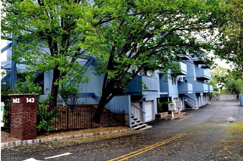 Casa Unifamiliar por un Alquiler en 142-148 MAIN Avenue Passaic, Nueva Jersey 07055 Estados Unidos