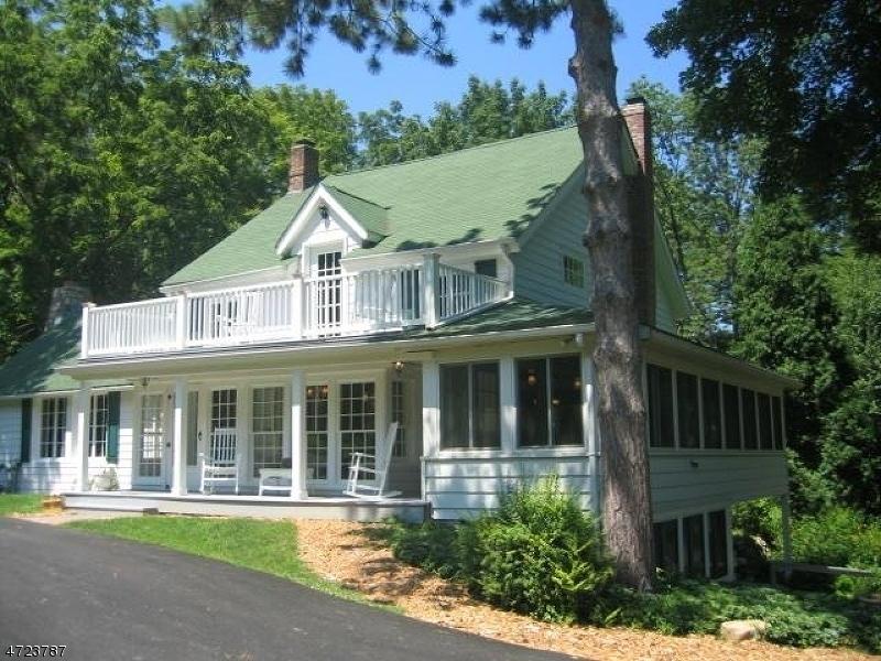 Casa Unifamiliar por un Alquiler en 60 Sunset Lake Road Sparta, Nueva Jersey 07871 Estados Unidos
