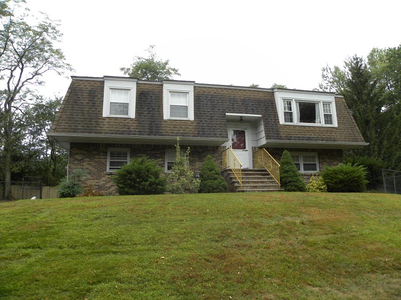 Maison unifamiliale pour l à louer à 9 Stone Ridge Lane Ho Ho Kus, New Jersey 07423 États-Unis