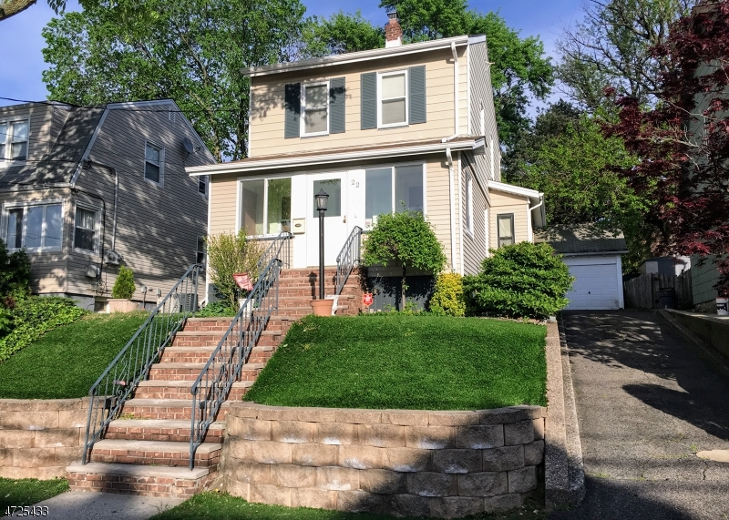 Single Family Home for Sale at 22 Fairmount Avenue North Arlington, New Jersey 07031 United States