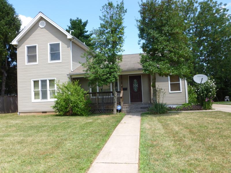 Casa Unifamiliar por un Alquiler en 9 Whittier Avenue Franklin, Nueva Jersey 08873 Estados Unidos