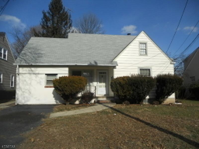 Casa Unifamiliar por un Alquiler en 125-27 Hillcrest Avenue Plainfield, Nueva Jersey 07062 Estados Unidos
