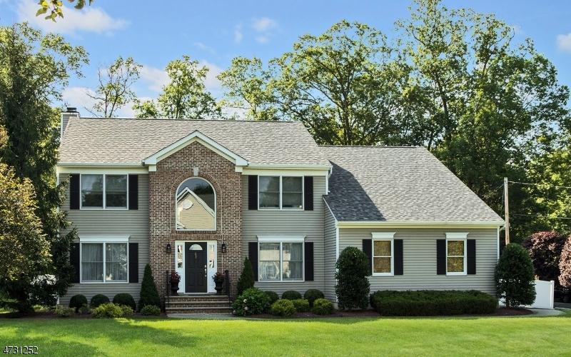 단독 가정 주택 용 매매 에 62 Scott Avenue Berkeley Heights, 뉴저지 07922 미국