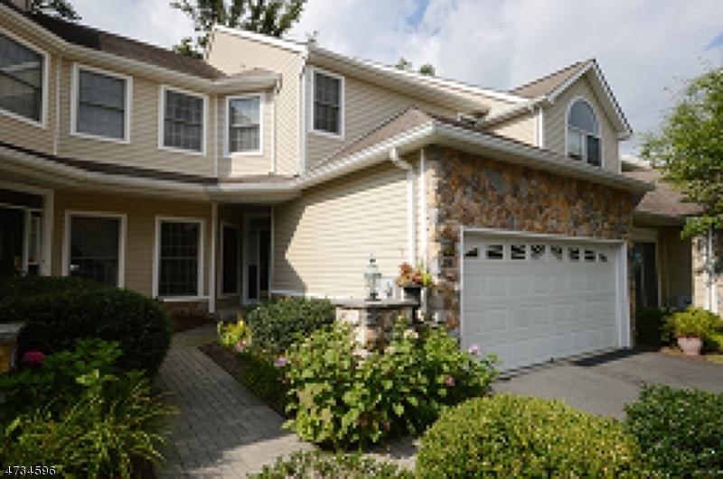 Casa Unifamiliar por un Alquiler en 65 Winged Foot Drive Livingston, Nueva Jersey 07039 Estados Unidos