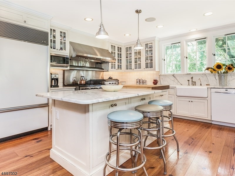 Additional photo for property listing at 9 Gordon Road  Essex Fells, New Jersey 07021 États-Unis