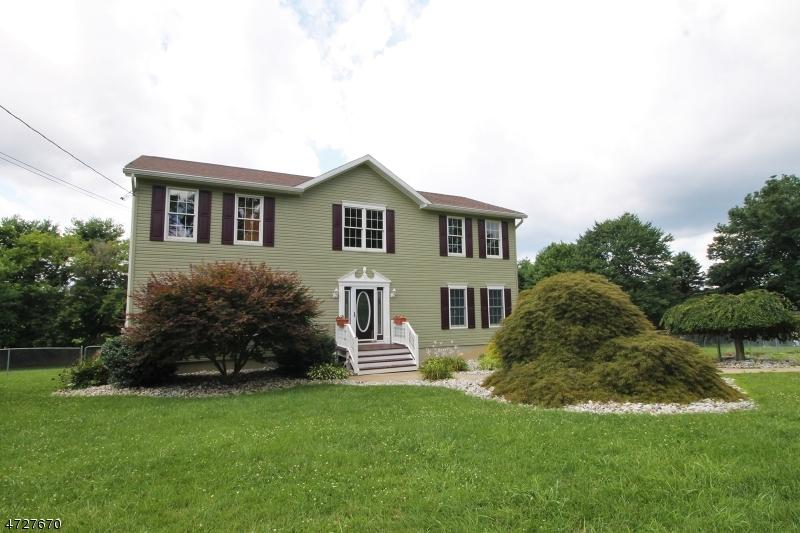 Частный односемейный дом для того Продажа на 200-A JONESTOWN Road Oxford, Нью-Джерси 07863 Соединенные Штаты