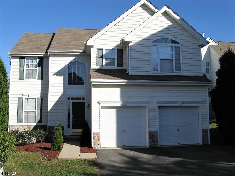 Casa Unifamiliar por un Alquiler en 38 Winding Hill Drive Mount Olive, Nueva Jersey 07827 Estados Unidos