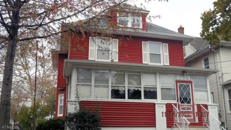 واحد منزل الأسرة للـ Sale في 150 Clinton Avenue 150 Clinton Avenue Clifton, New Jersey 07011 United States